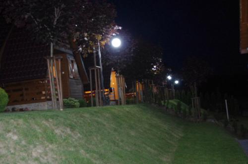 Jaworina nocą